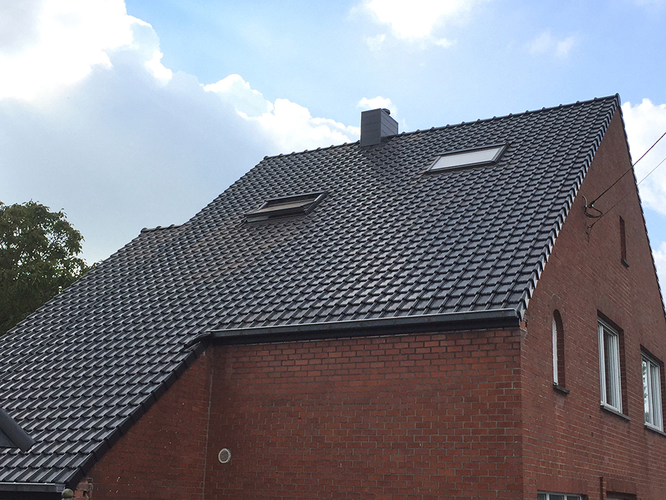 Gerenoveerd dak woning